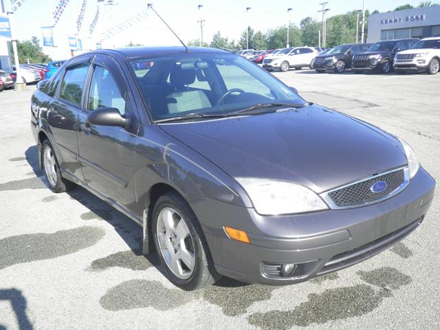 Used Ford Focus 4dr Sdn SES