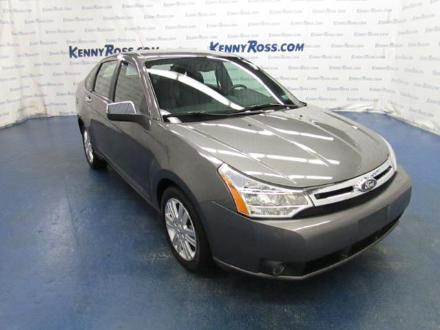 Used Ford Focus 4dr Sdn SEL